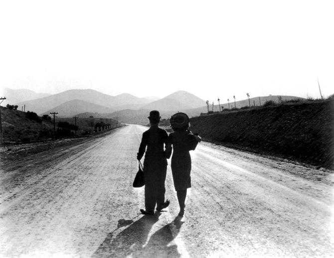 Chaplin modern-times