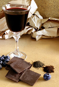 choc_wine-glass-wine-choc-photo