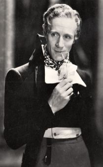 Scarlet Pimpernel star Leslie Howard is the subject of a documentary.
