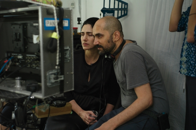Ronit and Shlomi Elkabetz directing Gett .
