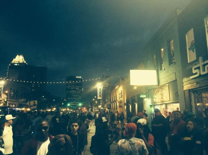 The bleary-eyed roam the streets of Austin at night at SXSW. Credit: Kim Voynar.