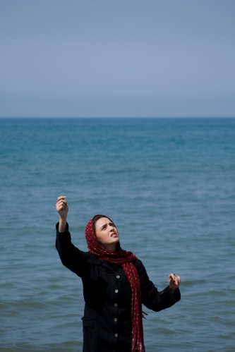 Taraneh Alidoosti in a scene from Asghar Farhadi's ABOUT ELLY. Credit: Courtesy of Cinema Guild.