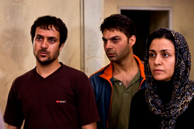 Ahmad Mehranfar, Peyman Moaadi and Merila Zare'i in a scene from Asghar Farhadi's ABOUT ELLY. Credit: Courtesy of Cinema Guild.
