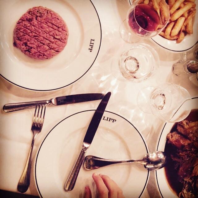 Still life, Brasserie Lipp.