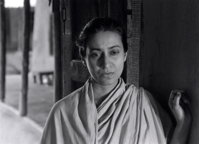 Karuna Banerjee as Sarbajaya in Aparajito . Credit: Courtesy of Janus Films.
