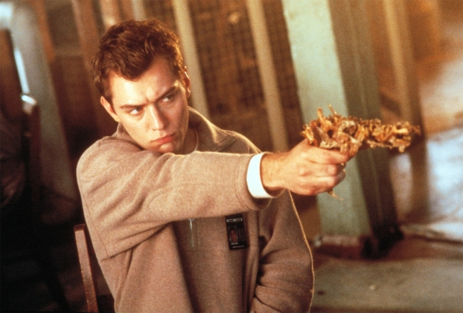 Jude Law in eXistenZ. Credit: Courtesy of Dimension Films.