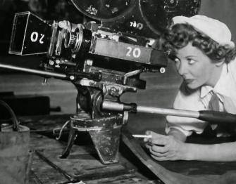 Ida Lupino directing Hard, Fast and Beautiful!