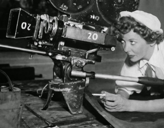 Ida Lupino directing Hard, Fast and Beautiful!