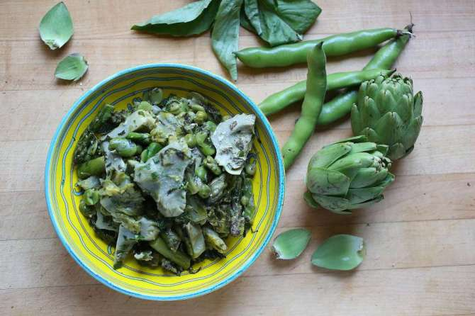 artichokes with favas and lerttuce.jpg