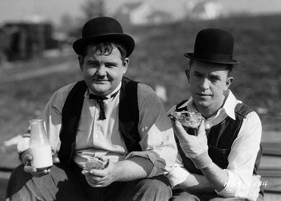 Stan & Ollie.eat lunch.jpg