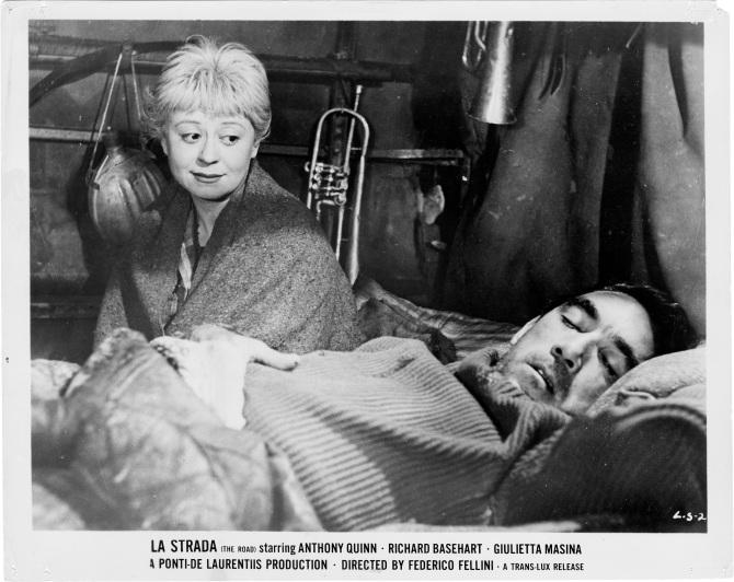 Fellini_La-Strada_1956_018.jpg